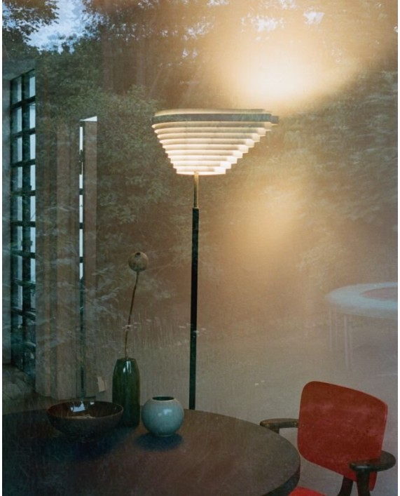 Artek A810 Floor Lamp