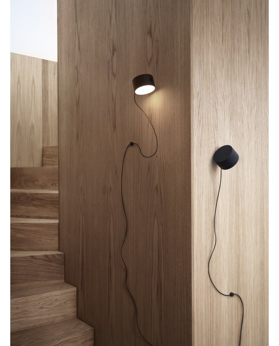 Muuto Post Wall Lamp