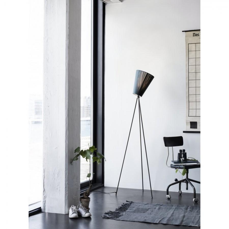 Flott Northern Lighting Oslo Wood Floor Lamp BG-91