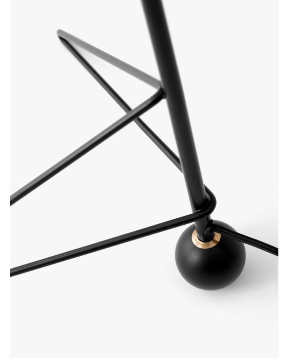 &Tradition Tripod Table Lamp