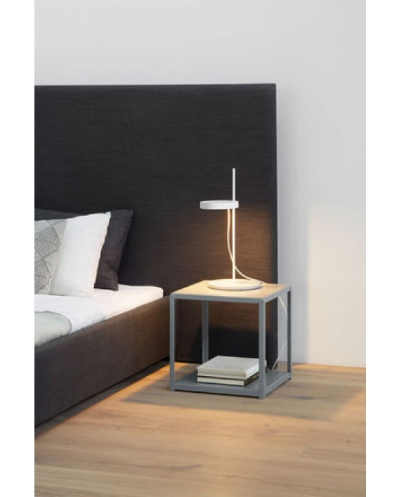 e15 Palo Table Lamp